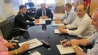 Gobierno y AMA crearán una comisión específica sobre Argoños para impulsar las soluciones a los derribos