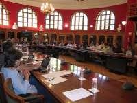 Universidad de Zaragoza realiza un ajuste