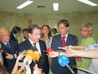 De Llera remite a Interior y Asuntos Exteriores la negociación y protección de los pesqueros españoles