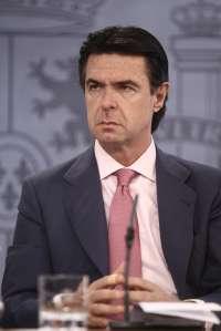 Soria asegura que Baleares y Canarias tendrán una participación