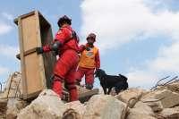 Equipos de rescate de seis países llevan al límite sus fuerzas en un simulacro de terremoto en Algemesí (Valencia)