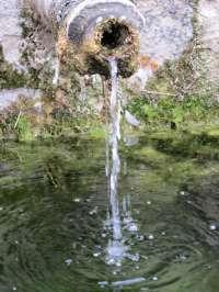 Los murcianos consumen una media de 158 litros de agua por persona y día en 2010