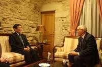 Fontenla analiza con el gobernador de Wakayama vías de colaboración entre empresas de Japón y Galicia