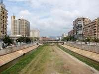 El arquitecto Seguí aboga por soterrar el tráfico a ambos lados del Guadalmedina y por peatonalizar la Alameda