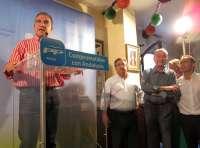 El PP de Málaga entrega el 'Premio Populares' a la ONG Cáritas, en reconocimiento a su labor social
