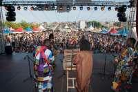Cerca de 15.000 personas pasaron por el VII Festival Intercultural de Santander en su primera jornada