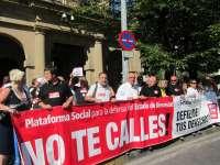 La Plataforma Social para la Defensa del Estado de Bienestar en Navarra se vuelve a concentrar contra los recortes