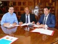 El Consorcio Provincial de Bomberos de Toledo convenia con los ayuntamientos la prevención en fuegos artificiales