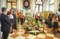 Familiares y amigos dan el último adiós al exalcalde Cayetano Utrera,
