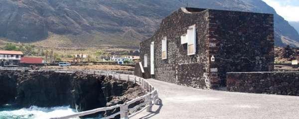 El Hotel Puntagrande de El Hierro, considerado el más pequeño del mundo, abre su propia página web