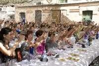 Más de 200 mujeres reivindican su papel en el mundo del vino en una cata internacional en Sacramenia (Segovia)