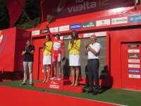 Del Río y Capellán han asistido en Valdezcaray a la llegada de la Vuelta Ciclista a España