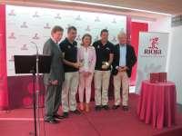 La Vuelta Ciclista a España recibe el distintivo 'Amigo del Rioja'