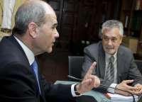 Griñán y Chaves cierran esta semana la primera ronda de comparecencias de la comisión de investigación de los ERE
