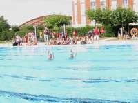 La renovada piscina municipal al aire libre será gratuita hasta el 30 de septiembre para los abonados
