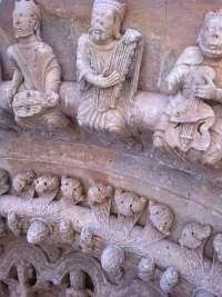 García subraya que la restauración de la Colegiata de Toro ha desvelado la excelencia de las tallas de la Portada Norte