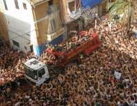 Renfe programa la circulación de seis trenes especiales para asistir a la Tomatina de Buñol el 29 de agosto