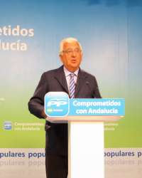 CEA espera que los recortes de Junta en 2013 no sean en inversiones sino en gastos operativos y empresas públicas