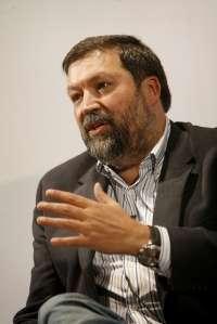 Caamaño traslada su apoyo a Pachi Vázquez y llama a la unidad del PSdeG para ofrecer una alternativa sólida de gobierno