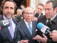 Ruiz-Mateos es detenido en su domicilio y trasladado a la Comisaría de Pozuelo (Madrid)