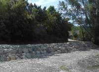 La CHE finaliza una actuación de acondicionamiento de la margen izquierda del río Lubierre, en Borau (Huesca)