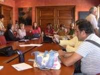 Sindicatos sanitarios asturianos, decididos a pasar la noche en la sede del Sespa