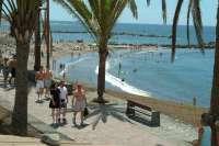 Los turistas alojados en Tenerife caen un 10,9% en julio