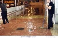 Las lluvias descargaron hasta 170 litros por m2 en Gandia y obligaron a cortar el tráfico en algunas calles