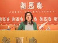 Carmen Martínez reprocha a Fabra que promocione aerolíneas extranjeras de bajo coste y no a las compañías valencianas