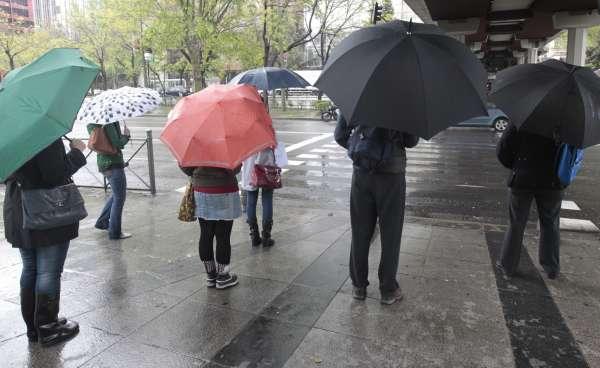 Alerta naranja este jueves en Cádiz y Huelva y amarilla en Sevilla y Málaga por fuertes lluvias