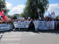 Un millar de trabajadores de Alcoa de toda España exigen una tarifa eléctrica que evite cierre de plantas