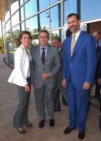 El alcalde de San Bartolomé de Tirajana pide a los Príncipes de Asturias que hagan turismo familiar en Maspalomas