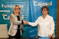 Fundación Cajasol y la Asociación DeFrente firman un convenio para el IV Encuentro Andaluz de Familias LGTB