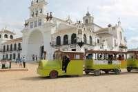 El Rocío contará con un tren turístico todo el año que ofrece una vista panorámica y visita a Doñana