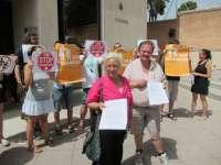 La ausencia de una letrada obliga a aplazar a mayo el juicio contra los vecinos de la Casa del Aire