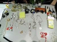 Cuatro detenidos por al menos 12 robos en viviendas cántabras, de las que se llevaron joyas y dinero