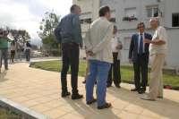 Las obras de remodelación y construcción de aceras en la Plaza Torina concluirán en mes y medio