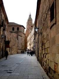 Las Torres de la Catedral y La Clerecía de Salamanca amplían su oferta de visitas guiadas nocturnas