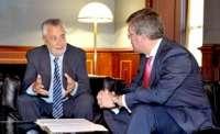Fernández de Moya traslada a Griñán las prioridades de la ciudad y espera compromiso en los presupuestos de 2013