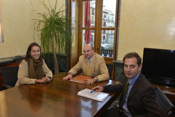El Gobierno de Navarra y la DGT colaborarán para prestar una atención integral a víctimas de accidentes de tráfico