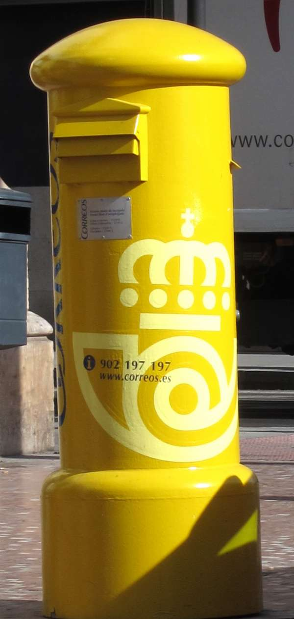 Correos se adjudica el servicio postal de los ayuntamientos de Valladolid y Parla por 1,76 millones