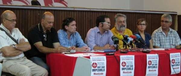 Sindicatos canarios se concentran este domingo con una huelga general y una petición de referéndum a las puertas
