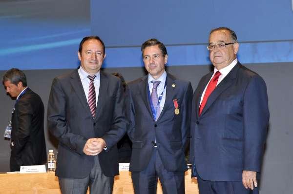 Sanz reitera su compromiso de no aplicar el 'céntimo sanitario' en La Rioja