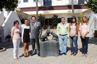 Morera & Vallejo anima a los jóvenes beneficiarios de 'Impulsamos tu futuro' a