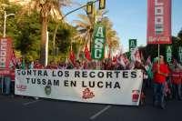 Cuádruple manifestación de los trabajadores del Ayuntamiento y sus empresas a cuenta de los recortes