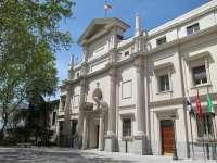 El Senado pide por unanimidad al Gobierno que refuerce la movilidad de residentes en Canarias, Baleares, Ceuta y Melilla
