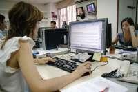 Euskadi cuenta con los salarios más altos del Estado y presenta una diferencia de 7.000 euros entre hombres y mujeres