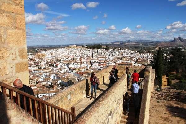 El Ayuntamiento de Antequera valora la participación del municipio en el blogtrip '#ILoveMalaga'
