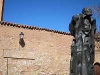 La Casa Museo Unamuno de Salamanca recibe una orla universitaria de principios del siglo XX en la que figura el escritor