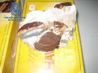 Detenida una mujer en el aeropuerto con casi 4 kilos de cocaína escondidos en pasteles de chocolate